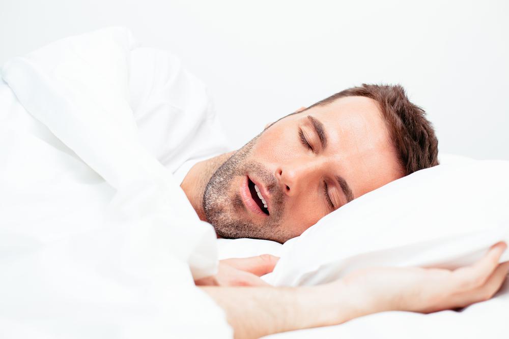 Sposoby na dobry sen. Czy chrapanie jest zdrowe?