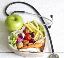 Dieta po zawale serca. Bardzo ważny element w walce z chorobą wieńcową.